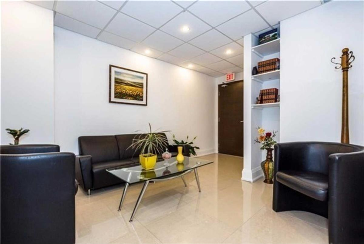 222 Finch Ave W Toronto Smart Choice Team